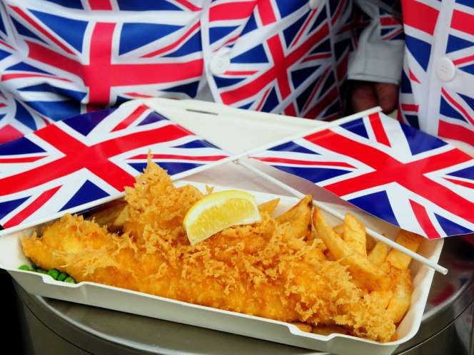 Proper english fish and chips in bukit timah changmoh for Where can i get fish and chips near me