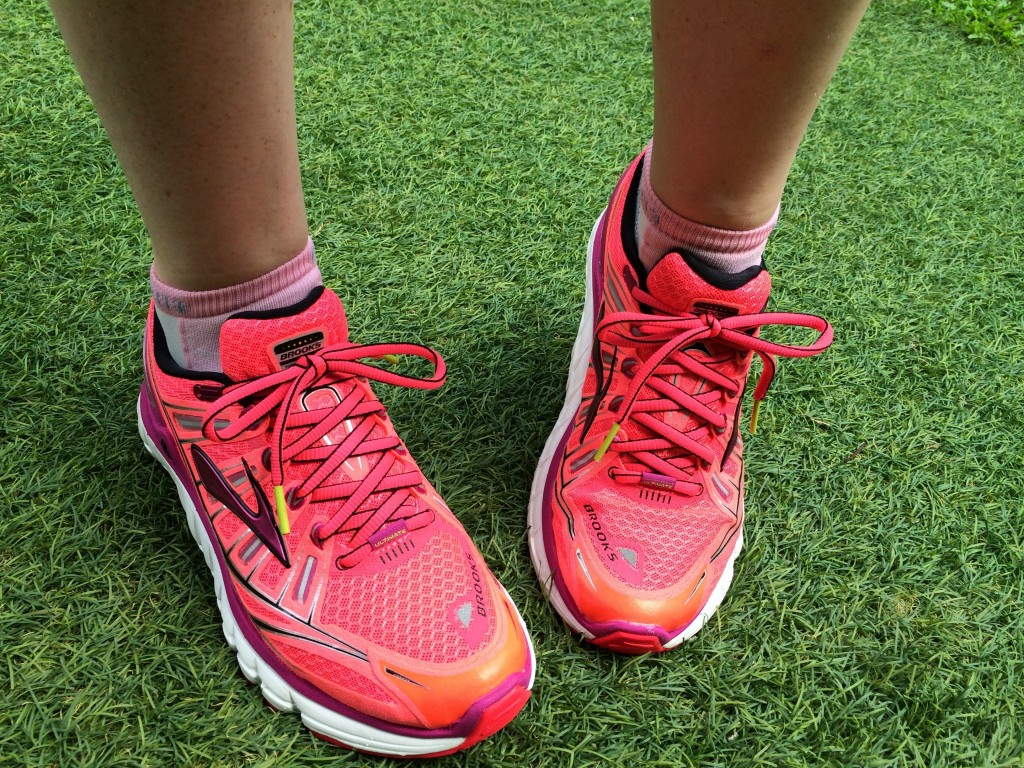 Brooks running shoes in BRIGHT pink