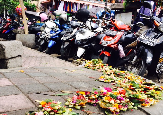 Motorbikes and offerings