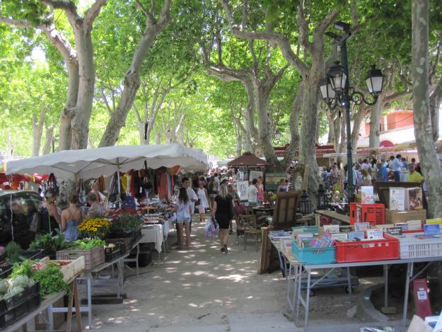 Saint Tropez market